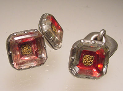 Cufflinks in support of the monarchy after the execution of Charles I – 1649