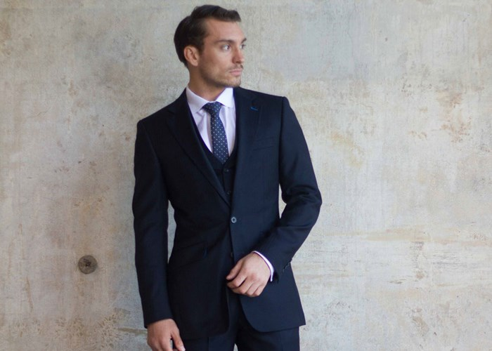 38a4e8360 Men's and Women's Tailored Suits   Bespoke Tailoring   King & Allen